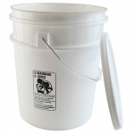 22qt High Density Polyethylene Pail with Cover
